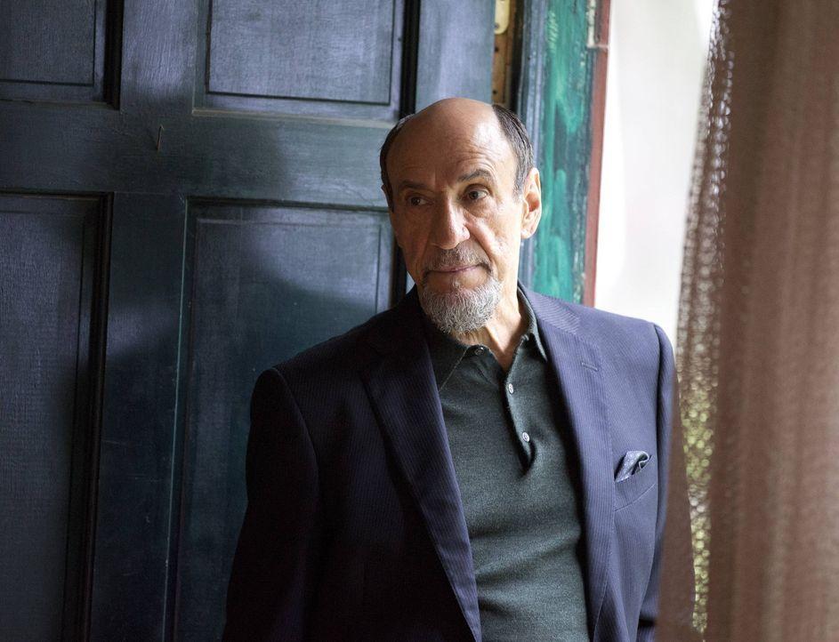 Ist anfangs von Sauls Operation alles andere als begeistert: Dar Adal (F. Murray Abraham) ... - Bildquelle: 2013 Twentieth Century Fox Film Corporation. All rights reserved.