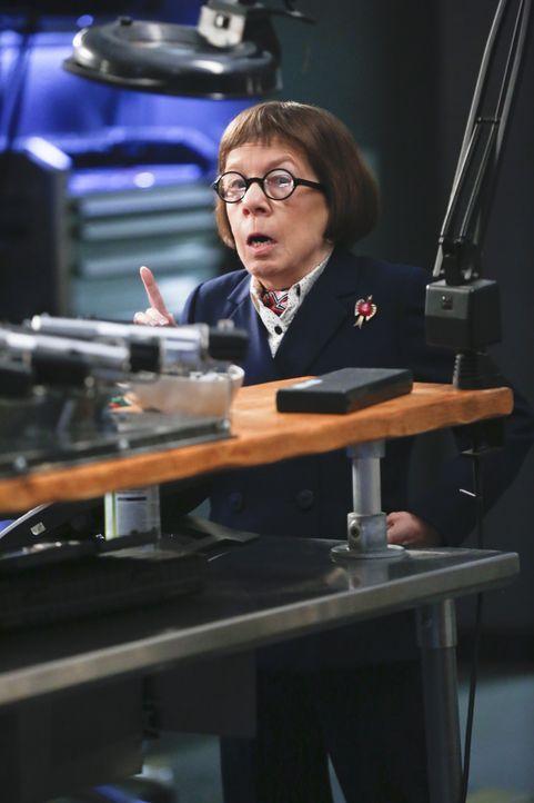 Hat für ihr Team eine ganz besondere Mission: Hetty (Linda Hunt) ... - Bildquelle: Monty Brinton 2015 CBS Broadcasting, Inc. All Rights Reserved.