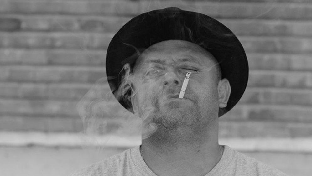 Stehen Frauen auf rauchende Männer? - Bildquelle: Pixabay