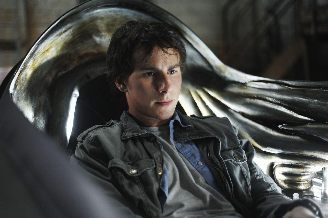 Um seinen Bruder und die Menschheit vor den Aliens zu retten, muss Nick (Kelly Blatz) erstmals in seinem Leben einen Plan machen ... - Bildquelle: Disney