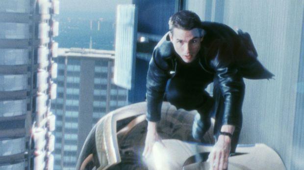 Auf der Flucht vor seinen ehemaligen Kollegen: John Anderton (Tom Cruise) ......