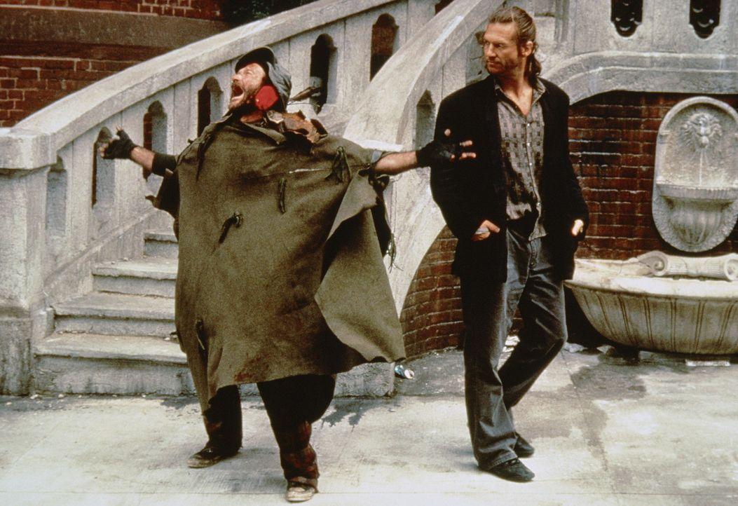 Parrys (Robin Williams, l.) extremes Wesen, seine alptraumhaften Visionen und seine überschäumende Lebenslust, sind Jack (Jeff Bridges, r.) zunäc... - Bildquelle: TriStar Pictures