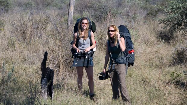 Die ausgezeichneten Sportlerinnen Tanya Streeter (r.) und Amy Williams (l.) m...