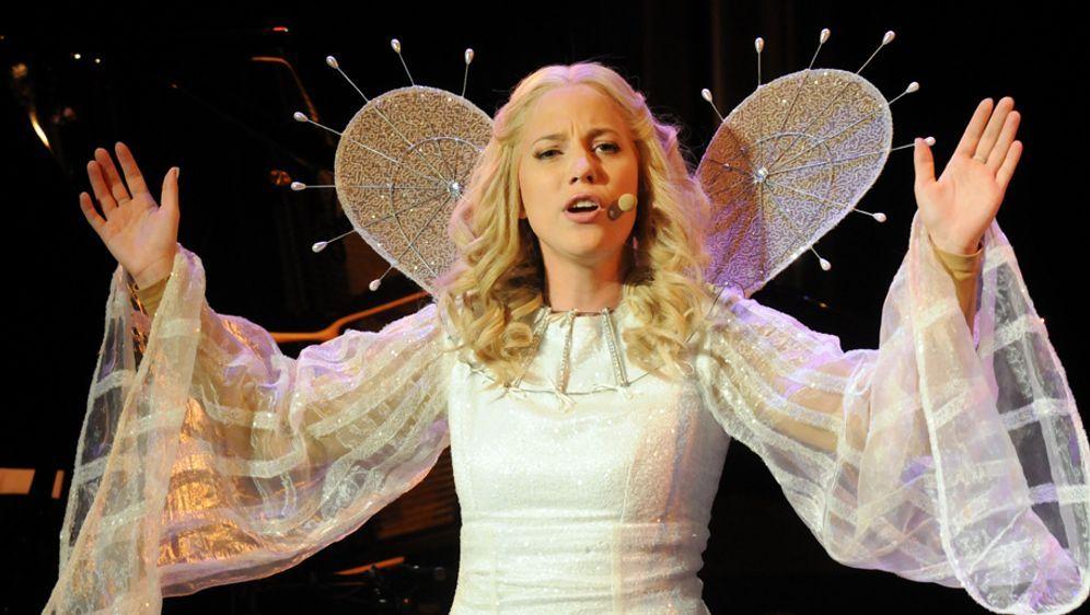 Als Engel Schminken Himmlisch Schon Sat 1 Ratgeber