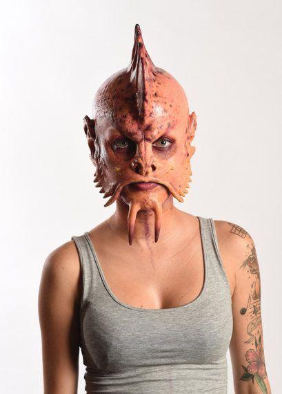Die fischige Frau, Nastassja - Bildquelle: sixx / Andre Kowlaski
