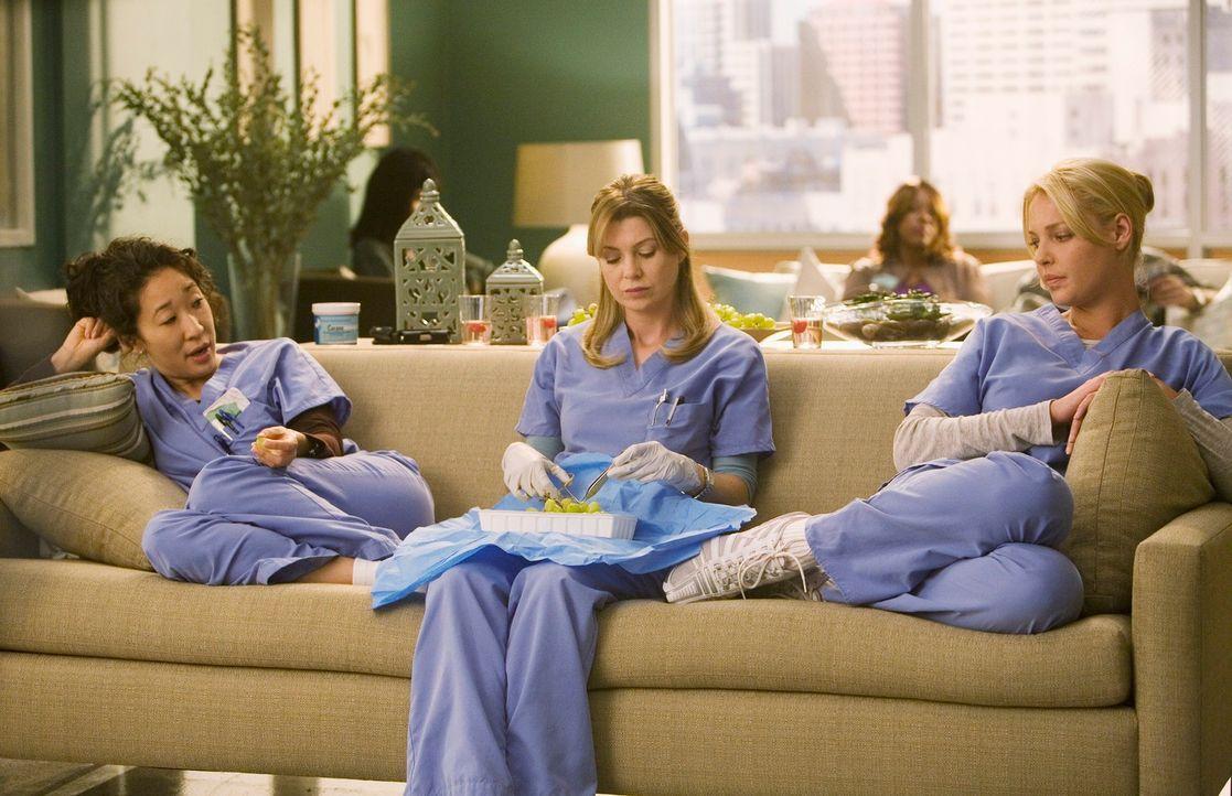 Treffen sich in der Dermatologie und kommen überein, dass sie dort nicht glücklich werden würden, weil es zu langweilig und friedlich ist: Cristi... - Bildquelle: Touchstone Television
