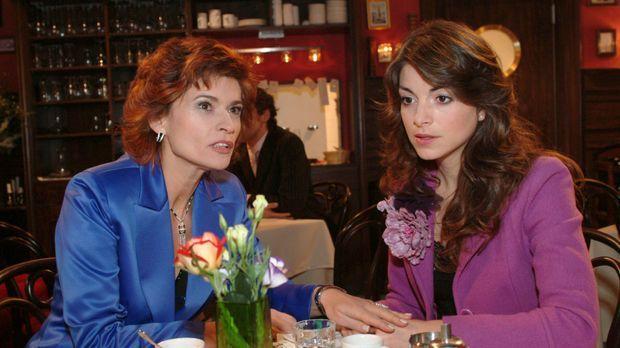 Sophie (Gabrielle Scharnitzky, l.) kann nicht verstehen, dass Mariella (Bianc...