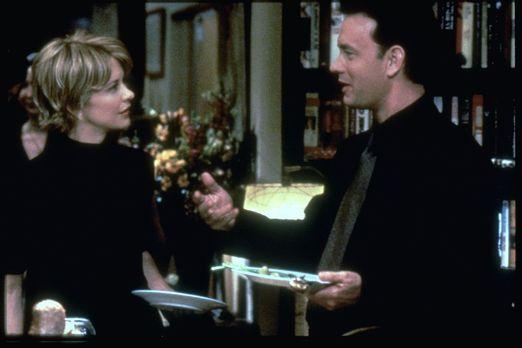 E-Mail für Dich - Noch ahnen Kathleen Kelly (Meg Ryan, l.) und Joe Fox (Tom H...