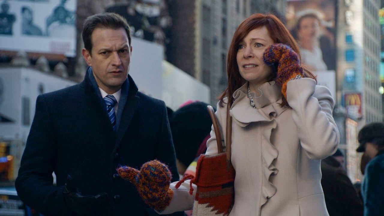 Bekommt Will (Josh Charles, l.) die Unterstützung von Elsbeth Tascioni (Carrie Preston, r.), die er sich erhofft? - Bildquelle: 2014 CBS Broadcasting, Inc. All Rights Reserved