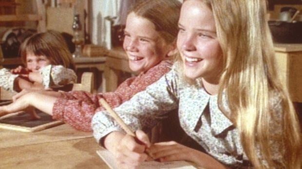 Mary (Melissa Sue Anderson, r.), Laura (Melissa Gilbert, M.) und Carrie (Lind...