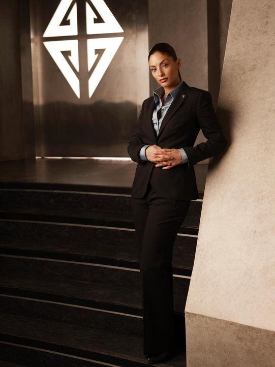 """(4. Staffel) - Deputy Sheriff von Eureka, Josefina """"Jo"""" Lupo (Erica Cerra), nimmt ihre Arbeit ernst ... - Bildquelle: Universal Television"""