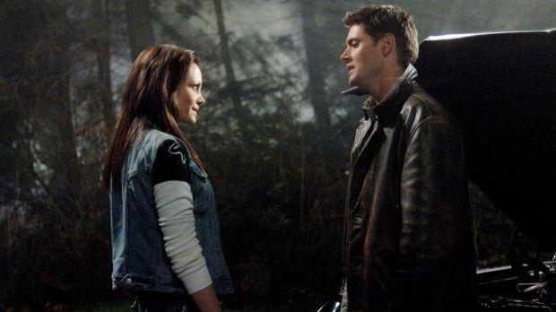 Ist Kate (Anne Openshaw, l.) auf der Seite von Dean (Jensen Ackles, r.) und S...