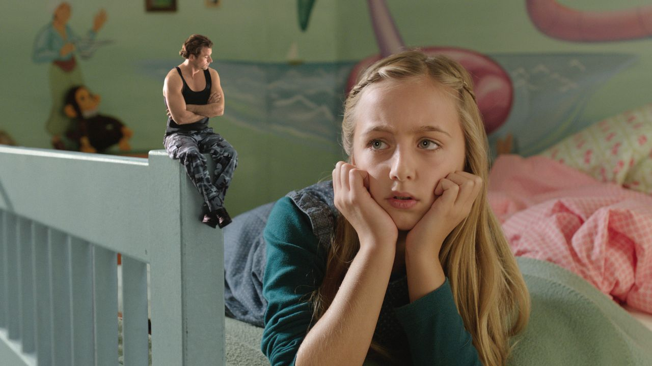 Inas Tochter Johanna (Kim Luisa Grotz, r.) findet schnell Gefallen an dem kleinen Alex (Stephan Luca, l.) ... - Bildquelle: Laura Schleicher SAT.1