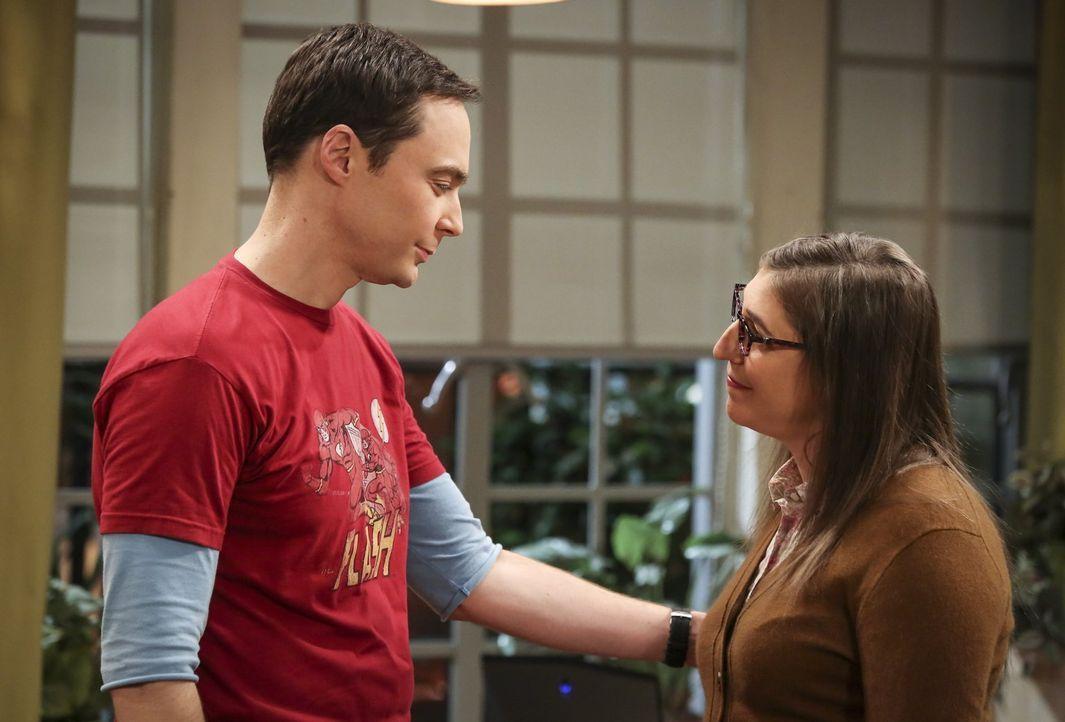 Als Amy (Mayim Bialik, r.) Sheldon (Jim Parsons, l.) mit einem Tipp aufmuntern will, ahnt sie nicht, welche Folgen das haben wird ... - Bildquelle: Warner Bros. Television