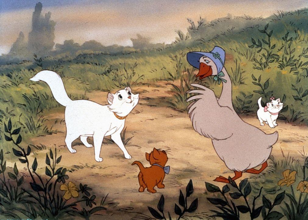 Abigail Gabble (2.v.r.) hilft Duchess (l.) und ihren Kätzchen Toulouse (2.v.l.) und Marie (r.) gerne und erklärt ihnen den Weg ... - Bildquelle: The Walt Disney Company.  All rights reserved