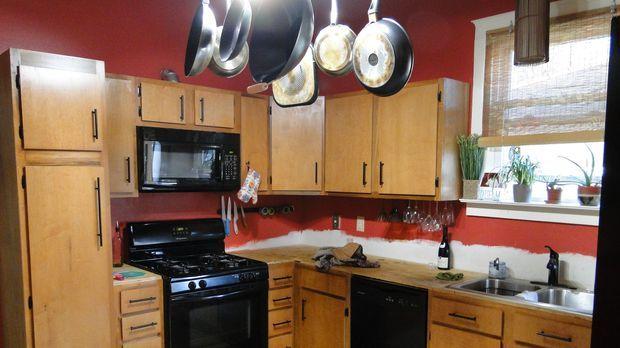 Aus alt mach neu: Küche, Arbeitsraum und Wohnzimmer im Haus von Melissa und M...