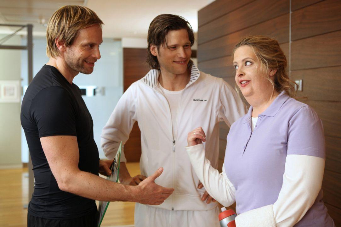 Ihr Losgewinn: Einen Tag Personaltraining mit Fitnessguru Nick (Sebastian Ströbel, M.). Doch weil Nick keine Dicken mag, schiebt er Eva (Diana Amft... - Bildquelle: SAT.1