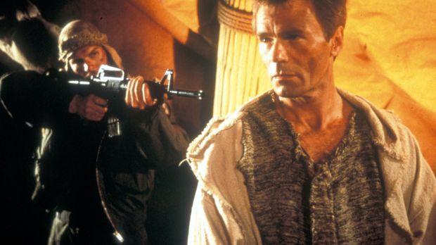 Das SG-9-Team ist beim Einsatz in einer fremden Welt verschollen. Colonel Jac...