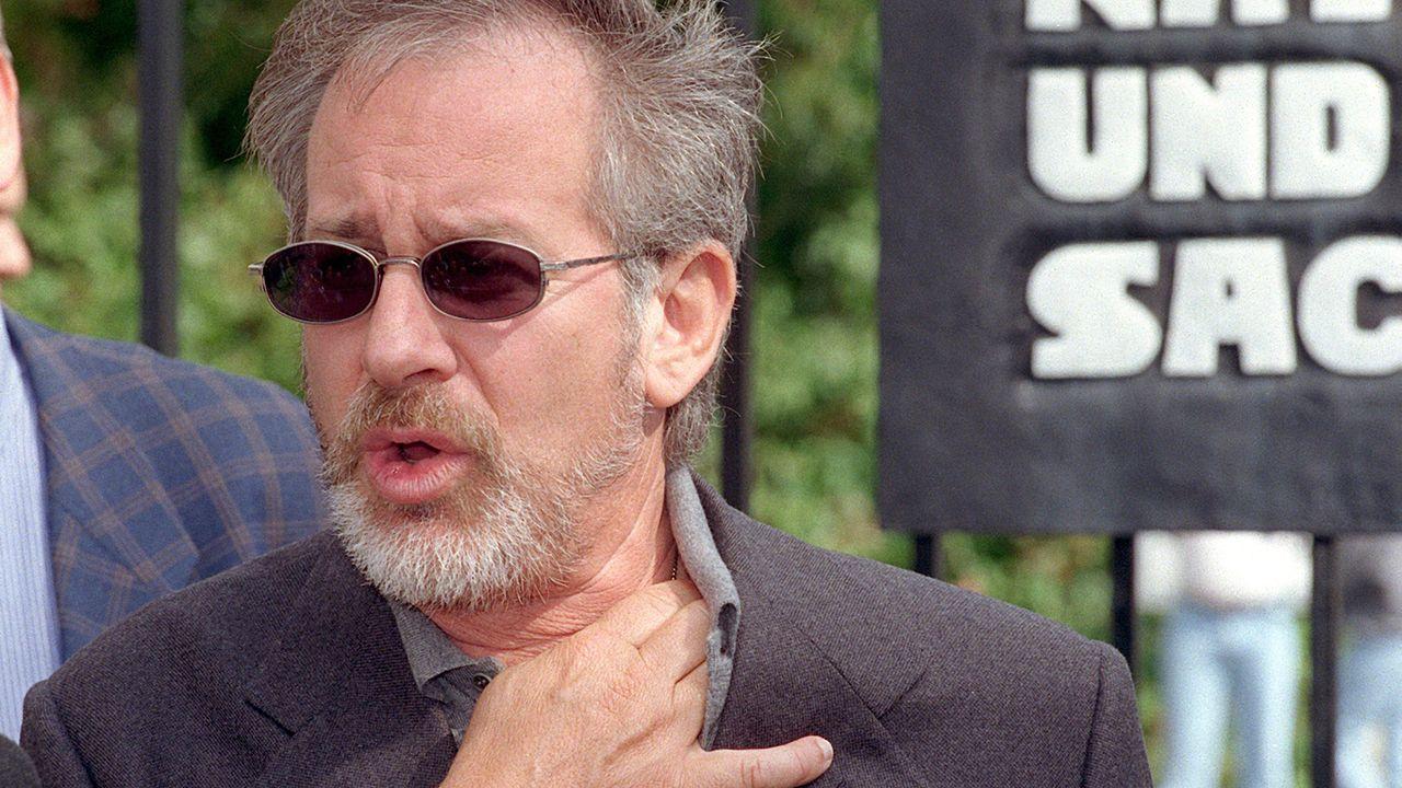 Steven-Spielberg-Schindlers-Liste-03-12-08-dpa - Bildquelle: Andreas_Altwein/picture-alliance / dpa