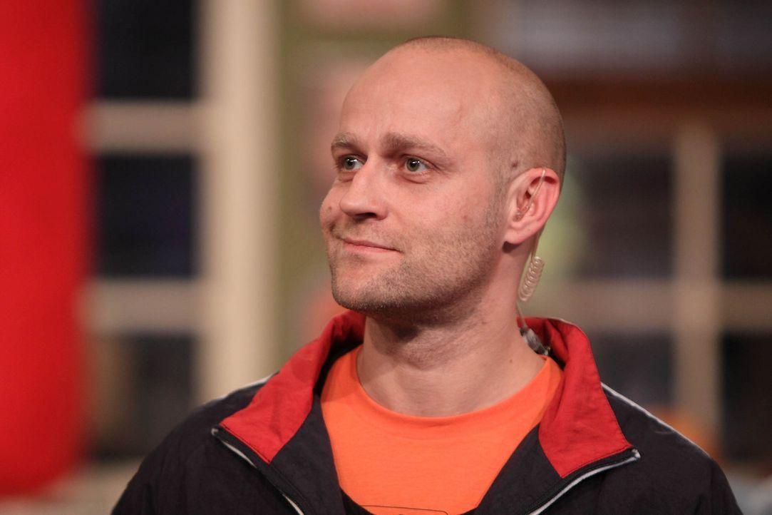 Tetje möchte abspecken weil er eine Frau kennengelernt hat. Jürgen (Bild) stellt sich gerne als Coach zu Verfügung. - Bildquelle: Frank Hempel SAT.1