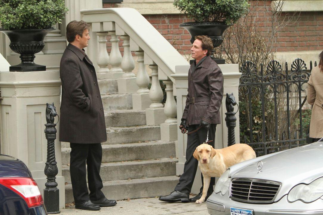 Castle (Nathan Fillion, l.) trifft einen alten Schulfreund (Jason Wiles, r.) wieder, der angeblich seine Frau getötet haben soll. Um seine Unschuld... - Bildquelle: ABC Studios