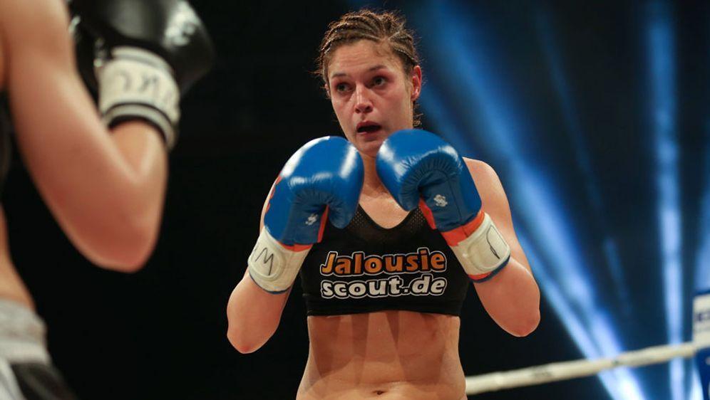 Marie Lang ließ ihrer Gegnerin im Deutschen Theater in München keine Chance - Bildquelle: 2016 imago sportfoto