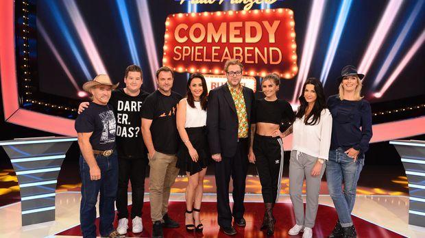 (v.l.n.r. ) Konny Reimann, Chris Tall, Martin Rütter, Nina Moghaddam, Sophia...