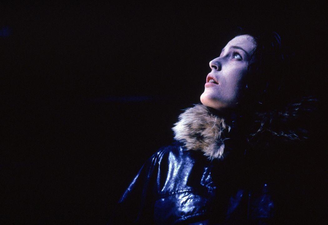 Tappt immer noch im Dunkeln: Special Agent Dana Scully (Gillian Anderson) - Bildquelle: Twentieth Century-Fox Film Corporation