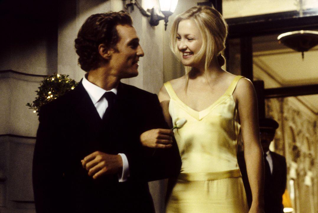 Obwohl Andie (Kate Hudson, r.) konsequent jeden Fehler begeht, der üblicherweise Männer außer Haus treibt, kann sie Benjamin (Matthew McConaughey... - Bildquelle: Paramount Pictures