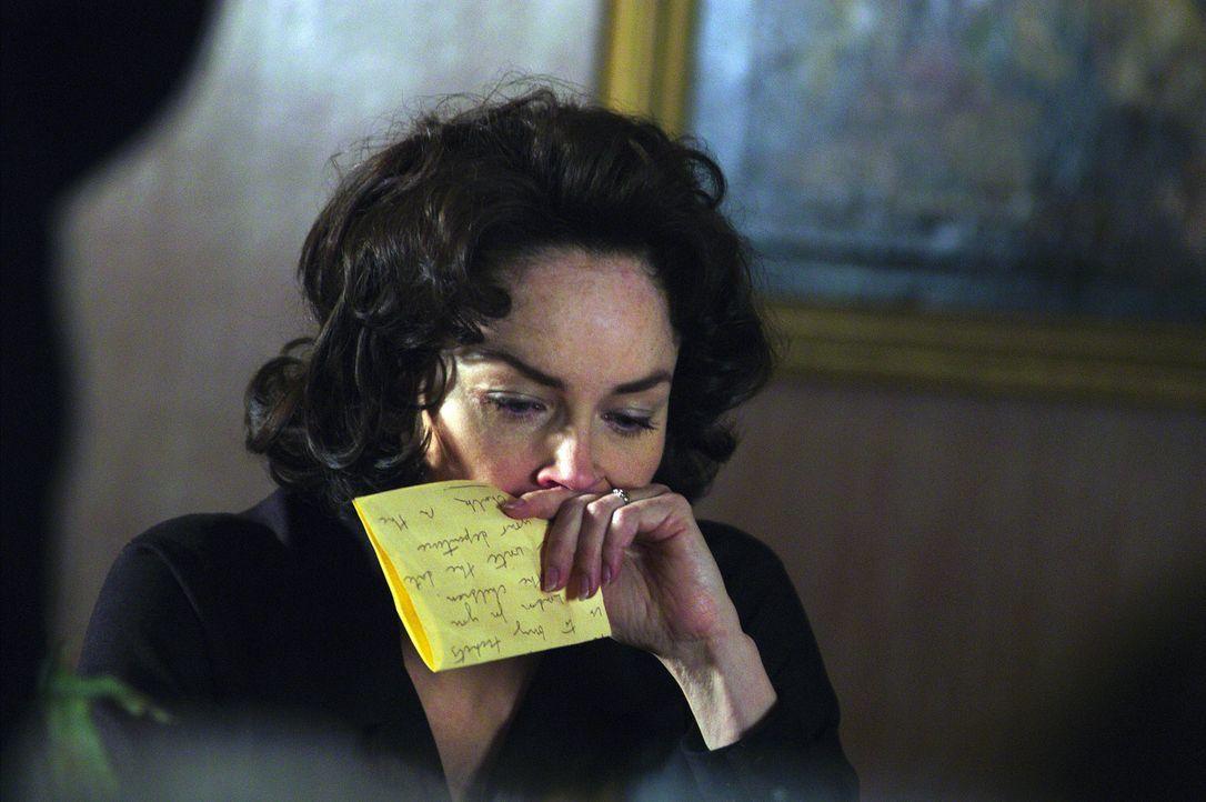 Ein paar Liebesbriefen aus Moskau später reist Sally (Sharon Stone) dem Gatten hinter den eisernen Vorhang nach ... - Bildquelle: Lions Gate Films Inc