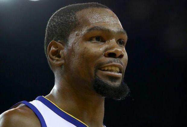 Kevin Durant dreht eine Basketball-Serie