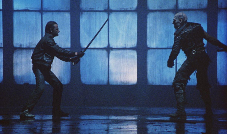 Das Schicksal führt Connor (Christopher Lambert, l.) in die neue Welt - nach New York City. Dort tritt er im entscheidenden Zweikampf gegen Kurgan (... - Bildquelle: 20th Century Fox Film Corporation