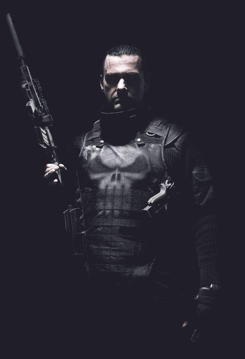 Ex-Special Forces-Offiicer Frank Castle (Ray Stevenson, Rom) kehrt als The Punisher zurück und legt sich sowohl mit den Bösen als auch mit den Guten... - Bildquelle: 2008 MHF Zweite Academy Film GmbH & Co. KG. All Rights Reserved.