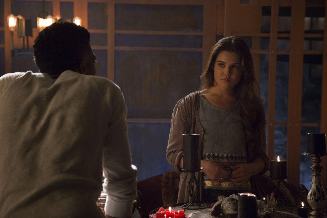 TheOriginals_Season2_Episode22_AshesToAshes -3