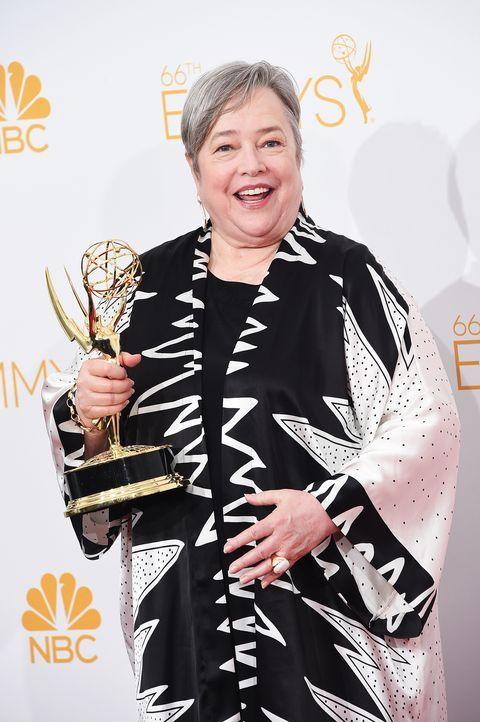 Kathy-Bates-14-08-25-Emmy-Awards-AFP - Bildquelle: AFP
