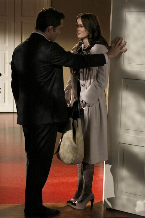 """""""Sag mir nicht, was ich zu tun hab"""", blafft Chuck (Ed Westwick, l.) seine Freundin Blair (Leighton Meester, r.) an, als diese ihm ins Gewissen reden... - Bildquelle: Warner Brothers"""