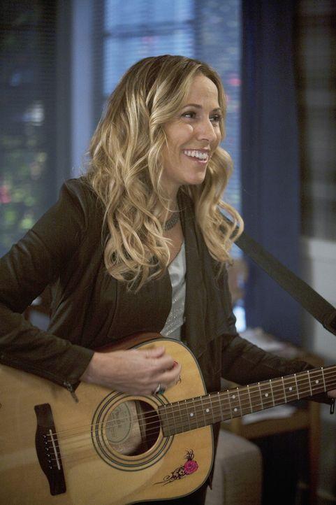 Sieht in Jules eine Gefahr für ihre Beziehung mit Grayson: Sara (Sheryl Crow) ... - Bildquelle: 2009 ABC INC.