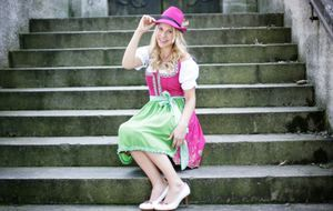 Trachtenmode_2015_07_17_Schuhe zum Dirndl_Bild 2_fotolia_ Peter Atkins