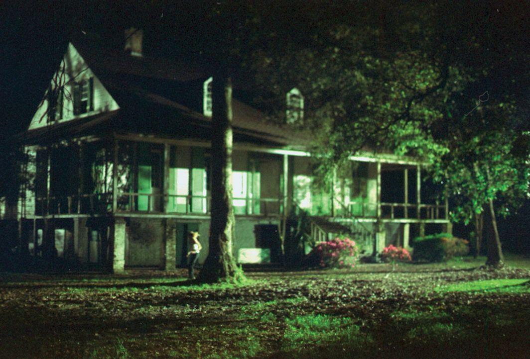 Ein wunderschönes Haus mitten im besinnlichen New Orleans. Niemand würde damit rechnen, dass sich dort hinter verschlossenen Türen grauenvolle und b... - Bildquelle: HSI Entertainment