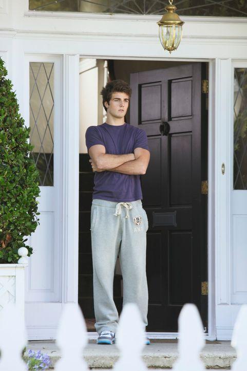 Hat Danny (Beau Mirchoff) etwas mit Julies Zustand zu tun? - Bildquelle: ABC Studios