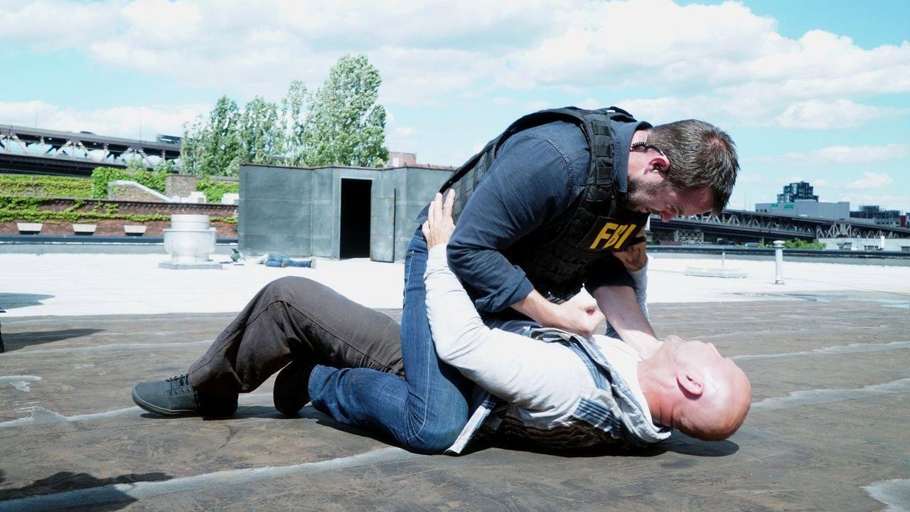 Kennt keine Gnade, wenn die nationale Sicherheit gefährdet ist: Weller (Sullivan Stapleton, oben) ... - Bildquelle: Warner Brothers