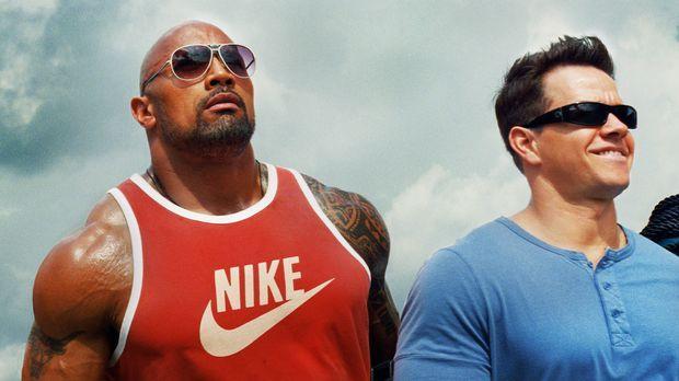 Die drei Bodybuilder (v.l.n.r.) Paul Doyle (Dwayne Johnson), Daniel Lugo (Mar...