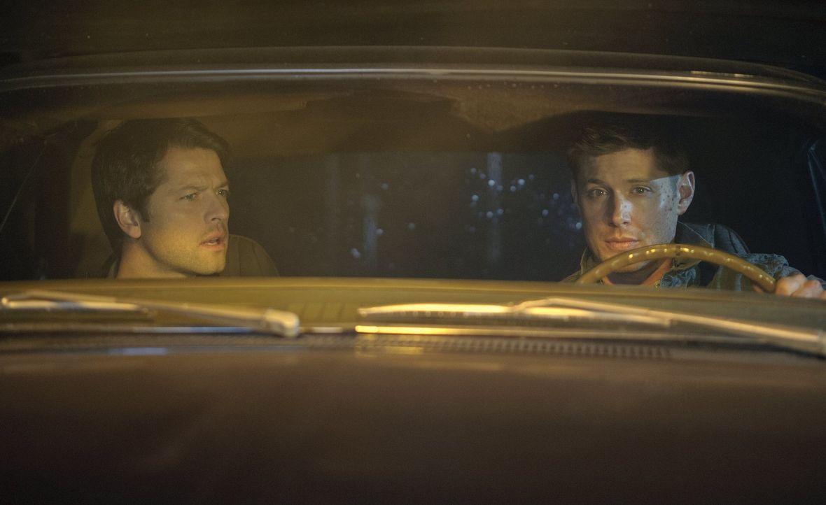 Was haben Dean (Jensen Ackles, r.) und Castiel (Misha Collins, l.) nur vor? - Bildquelle: Warner Bros. Television