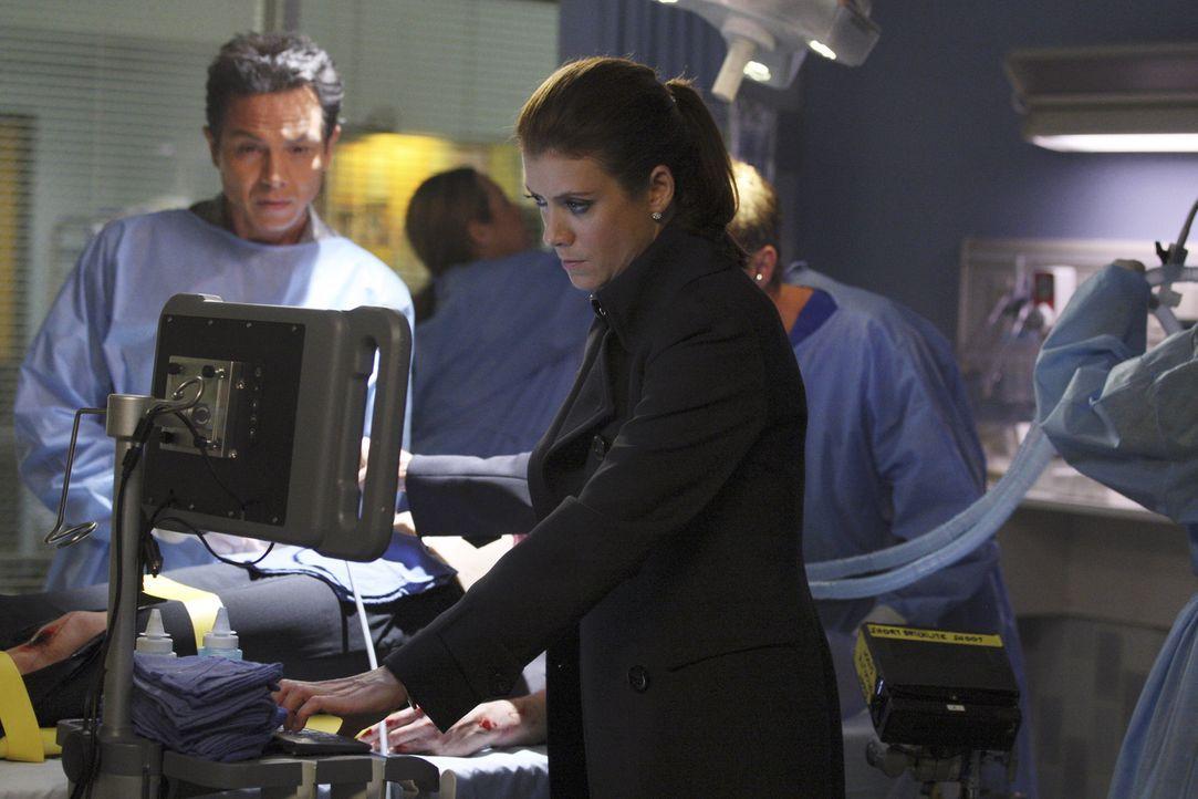 Sehen sich vor eine sehr schwierige Wahl gestellt als sie sich entscheiden müssen, die Organe ihrer Patientin zu spenden oder das Leben ihres ungeb... - Bildquelle: ABC Studios