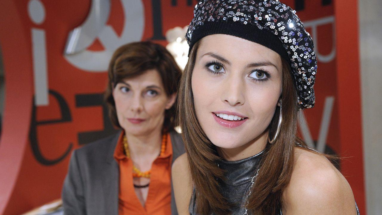 Anna-und-die-Liebe-Folge-252-04-Sat1-Claudius-Pflug - Bildquelle: SAT.1/Claudius Pflug