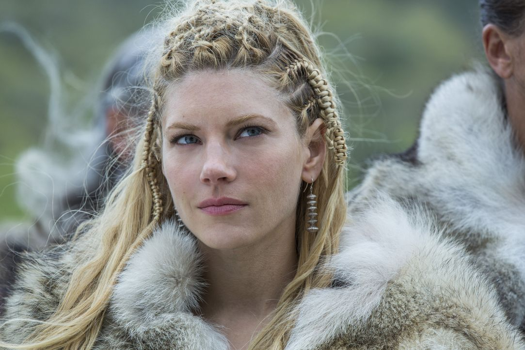 Einar möchte sie tot sehen: Lagertha (Katheryn Winnick) ... - Bildquelle: 2016 TM PRODUCTIONS LIMITED / T5 VIKINGS III PRODUCTIONS INC. ALL RIGHTS RESERVED.