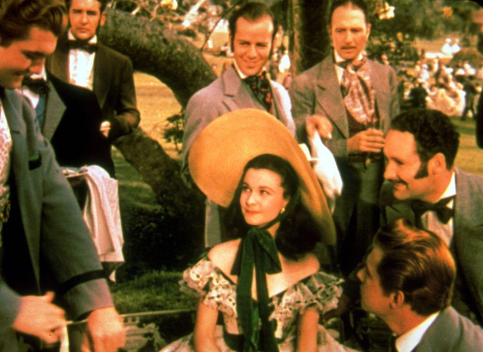 Immer im Mittelpunkt des Geschehens: Scarlett O'Hara (Vivien Leigh, M.) ... - Bildquelle: Metro-Goldwyn-Mayer (MGM)