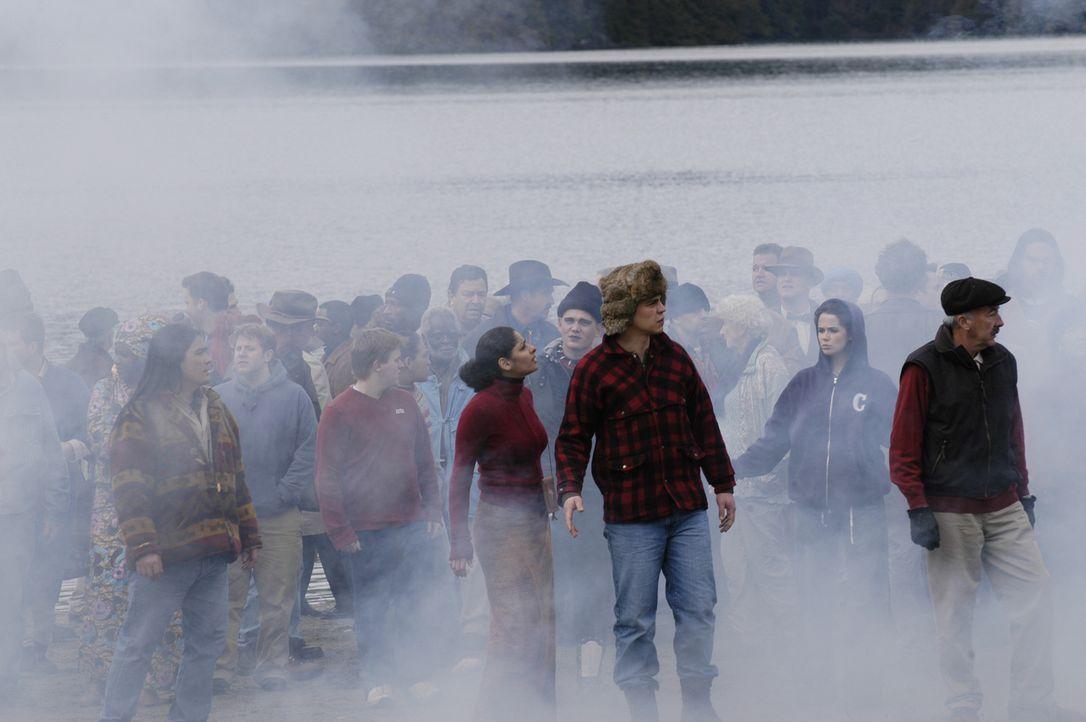 Plötzlich sind 4400 verschwundene Menschen zurück auf der Erde ... - Bildquelle: Viacom Productions Inc.