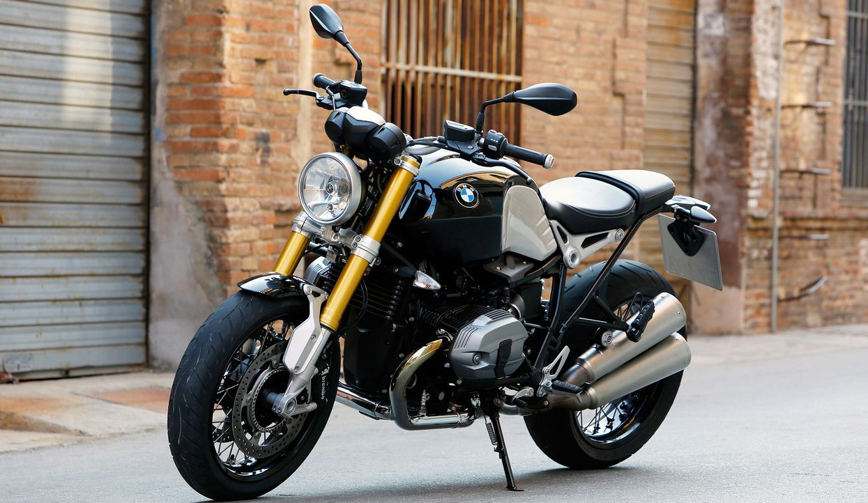 BMW R Nine-T (1)