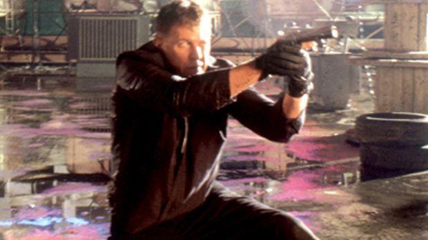 Sniper Thomas Beckett (Tom Berenger) soll ausgerechnet seinen alten Kumpel Pa...